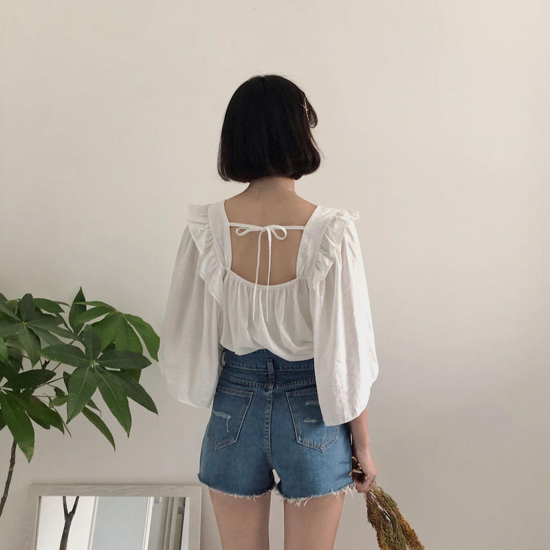 《予約販売》frill square neck flare blouse