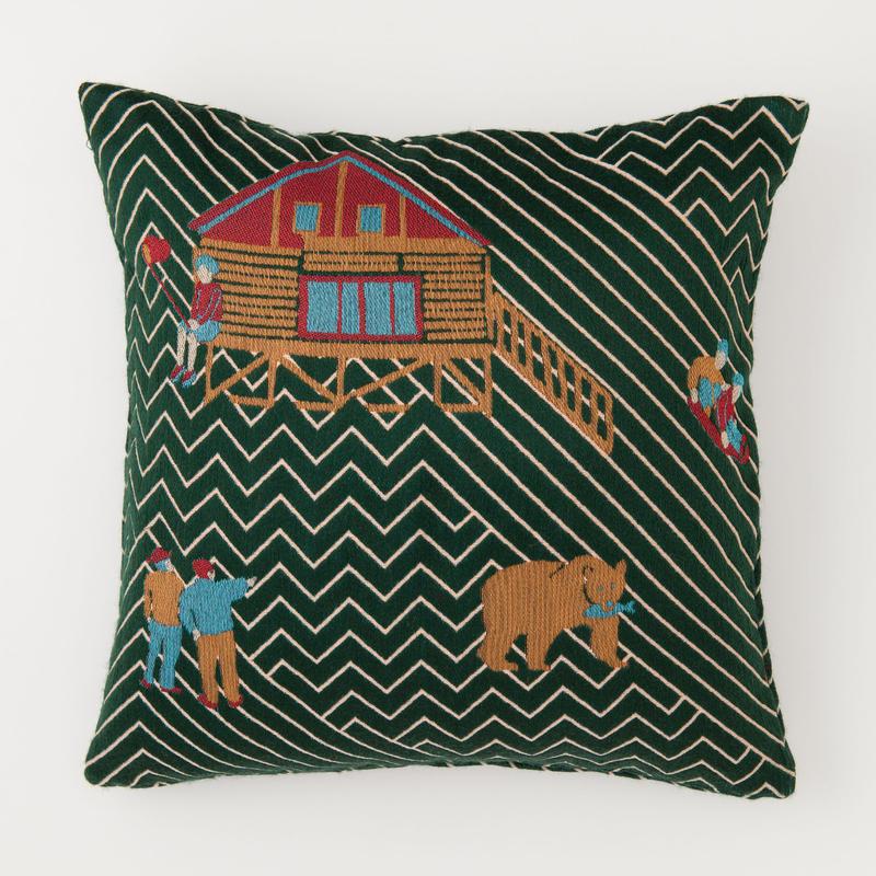 snip snap SATOYAMA cushion cover | bear green