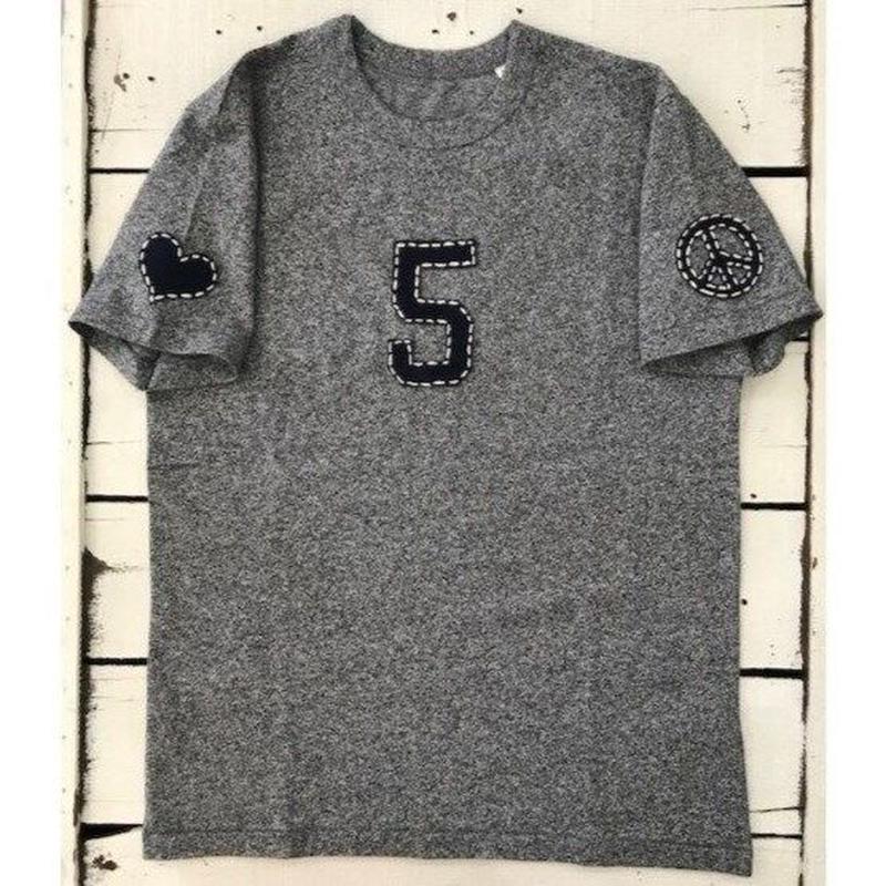 【ラブ&ピース5】フェルトハンドステッチTシャツ