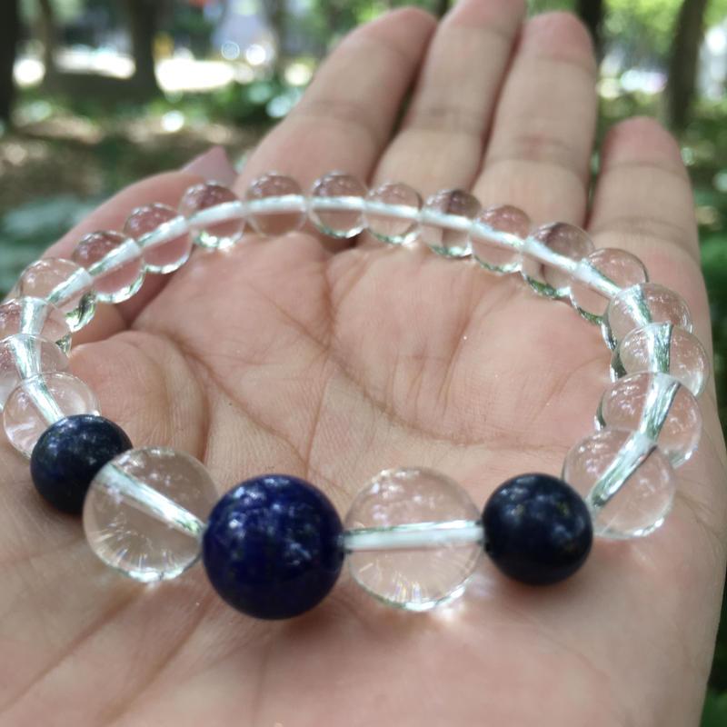 AAAの水晶とブルーオニキス  冴え渡る閃き 冷静さを与えるパワーストーン