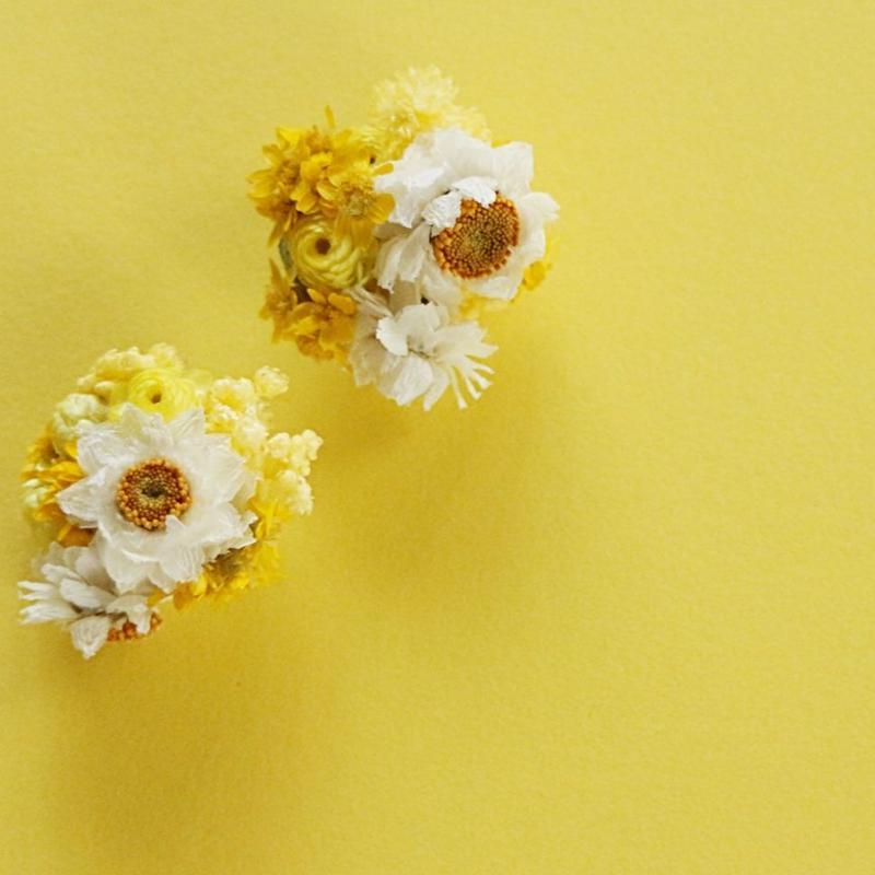 earring : hanabatake/yerrow