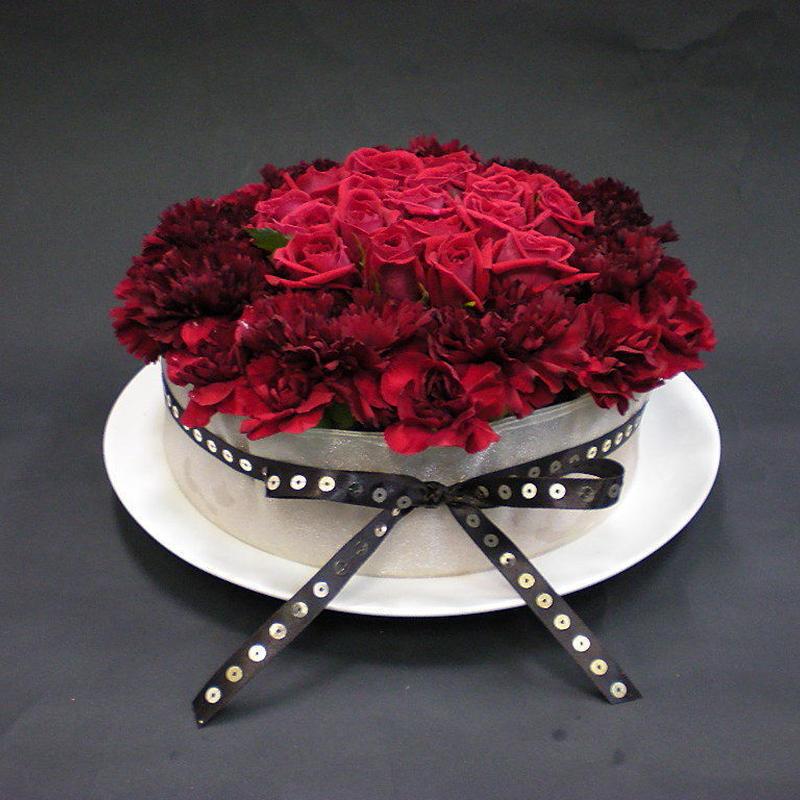 生花デコレーションケーキ 赤バラ
