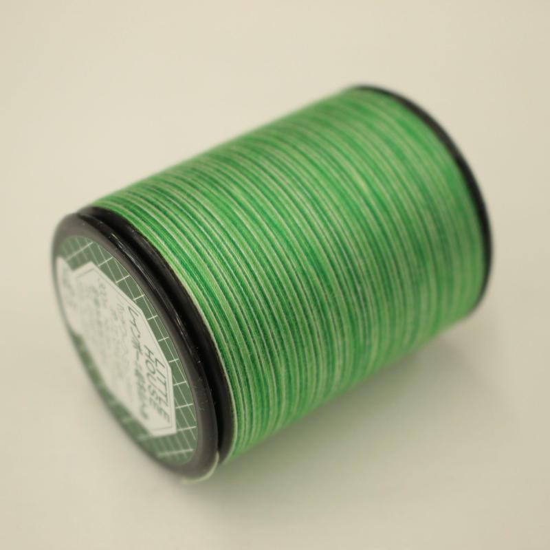 LITTLE HOUSE レインボーキルト糸 #40/300m  色番25