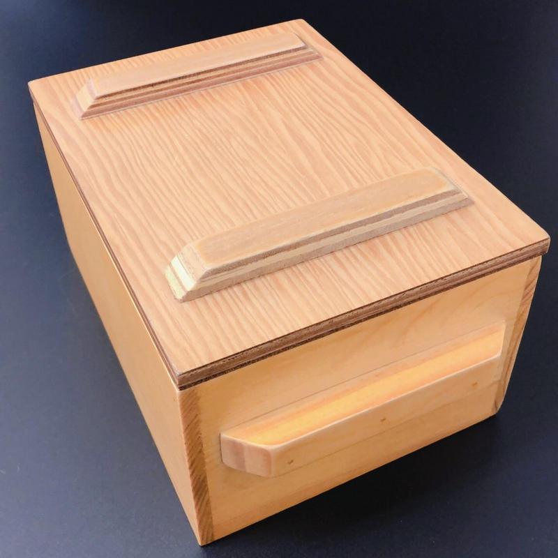 木箱と蓋付きシリコンモールド 500g