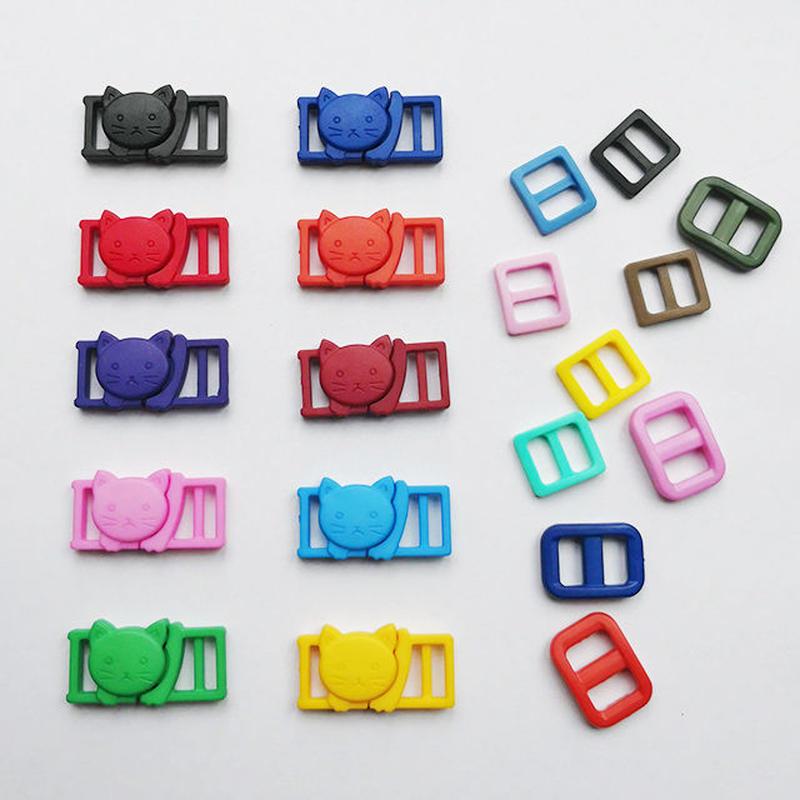 猫のプラスチックバックルとコキカン10mm用の色とりどり10個ずつ