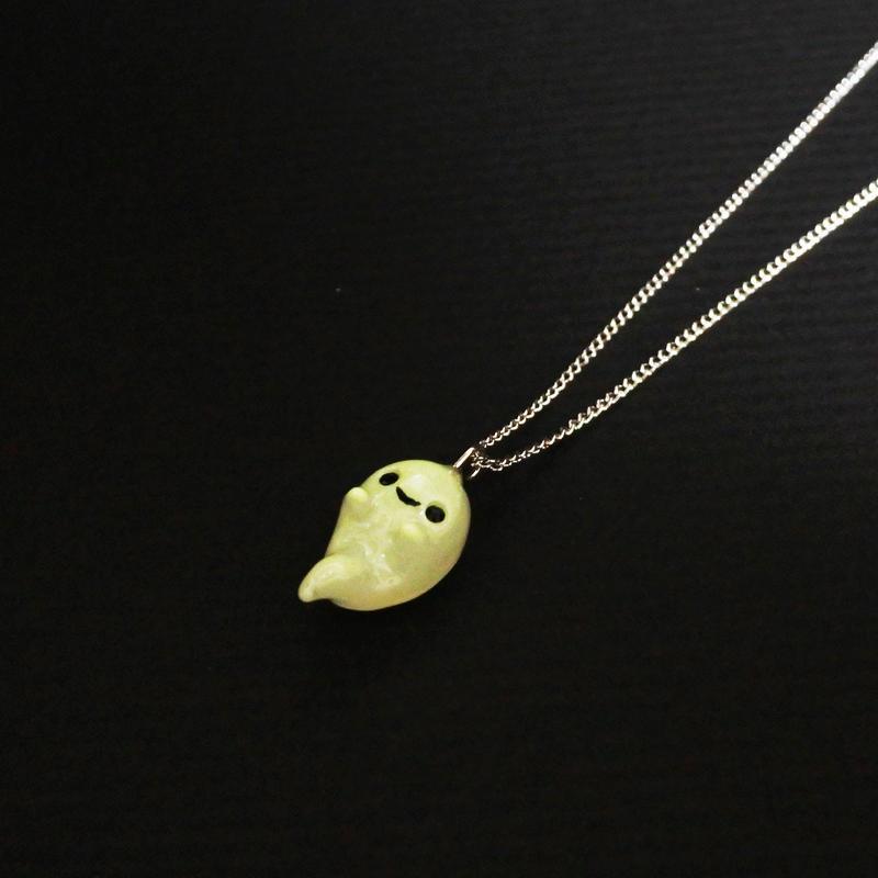 おばけネックレス 蓄光 (チェーン約38cmアジャスター付き)