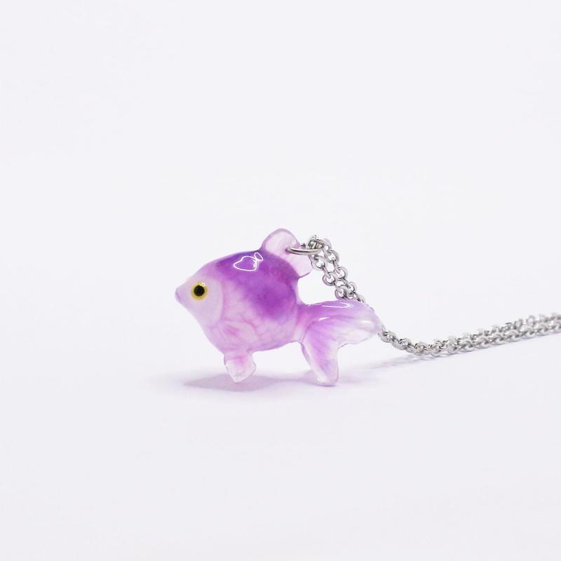 金魚ネックレス  紫 (チェーン約40cm)