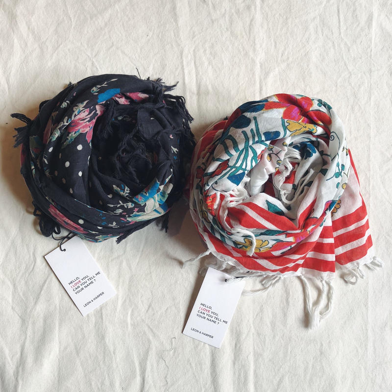 LEON&HARPER レオンアンドハーパーAE15 フラワー柄スカーフ