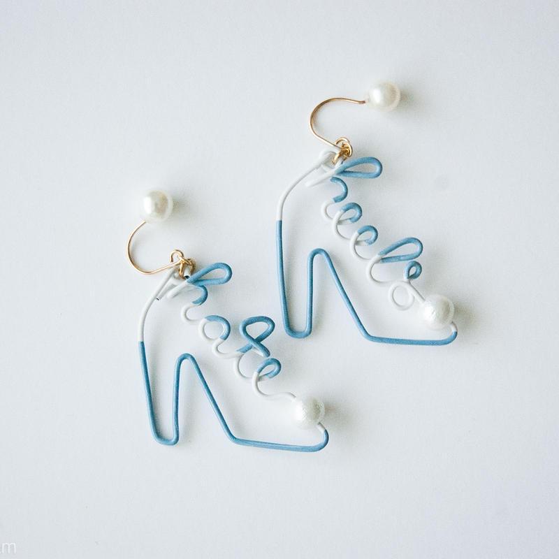 Arty Wire Pierced Earrings  - hate heels  PIERCE / VINTAGE BLUE