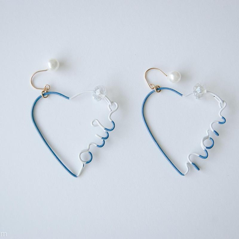 Arty Wire Pierced Earrings  - oui non heart PIERCE  / VINTAGE BLUE
