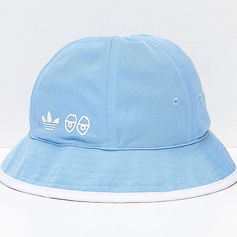 ADIDAS SKATEBOARDING x KROOKED REVERSIBLE BUCKET HAT
