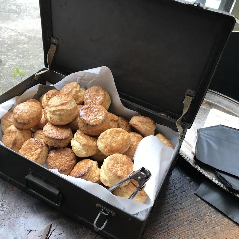 朝のオヤツの箱