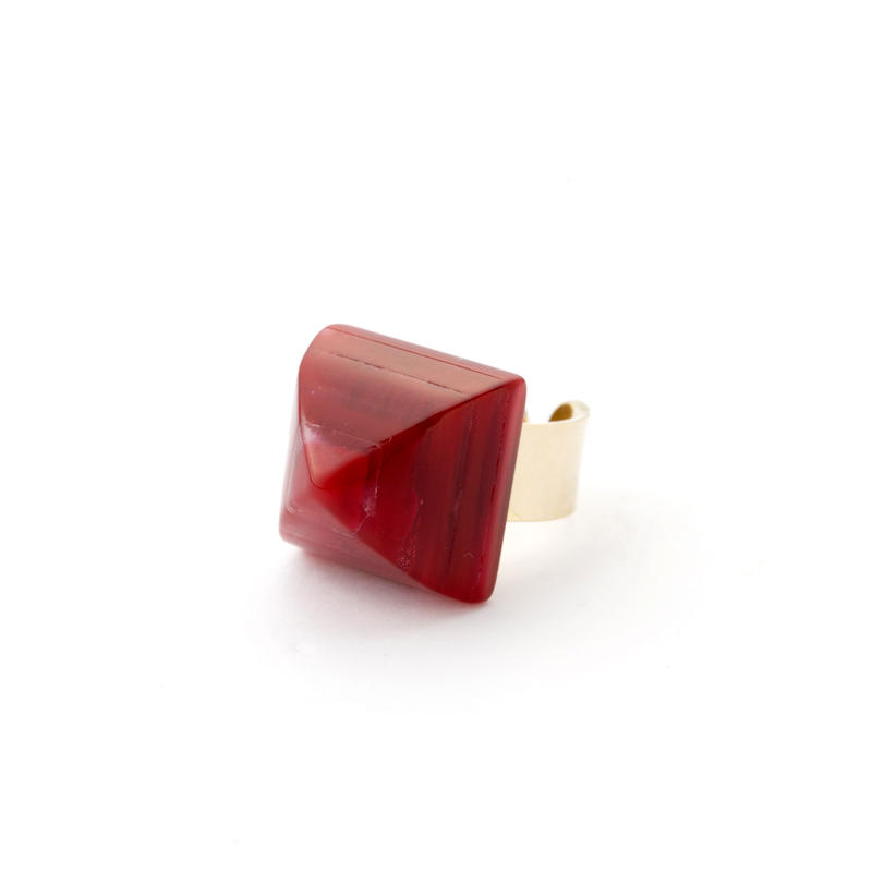 Pyramid Ring(Marble Red)