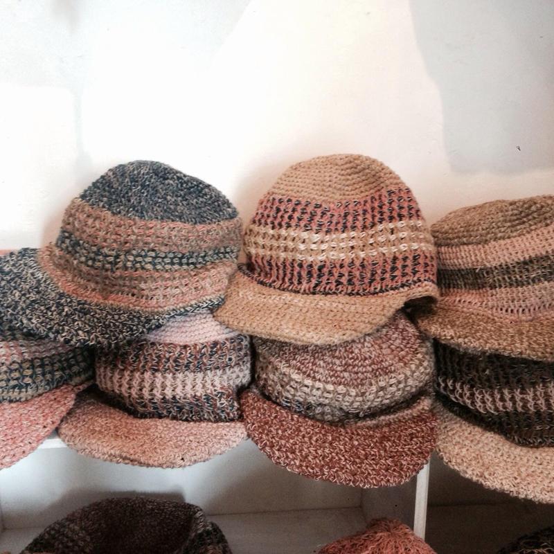 アフガン編みヘンプコットンキャスケット