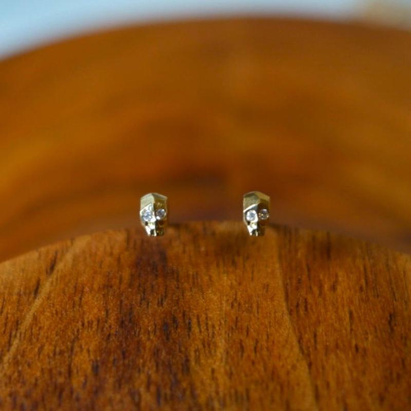 ドクロピアス  K18YG×ダイヤモンド