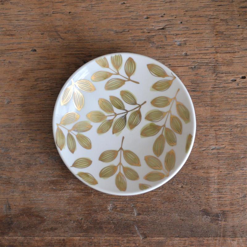 飯野夏実 葉っぱの小皿