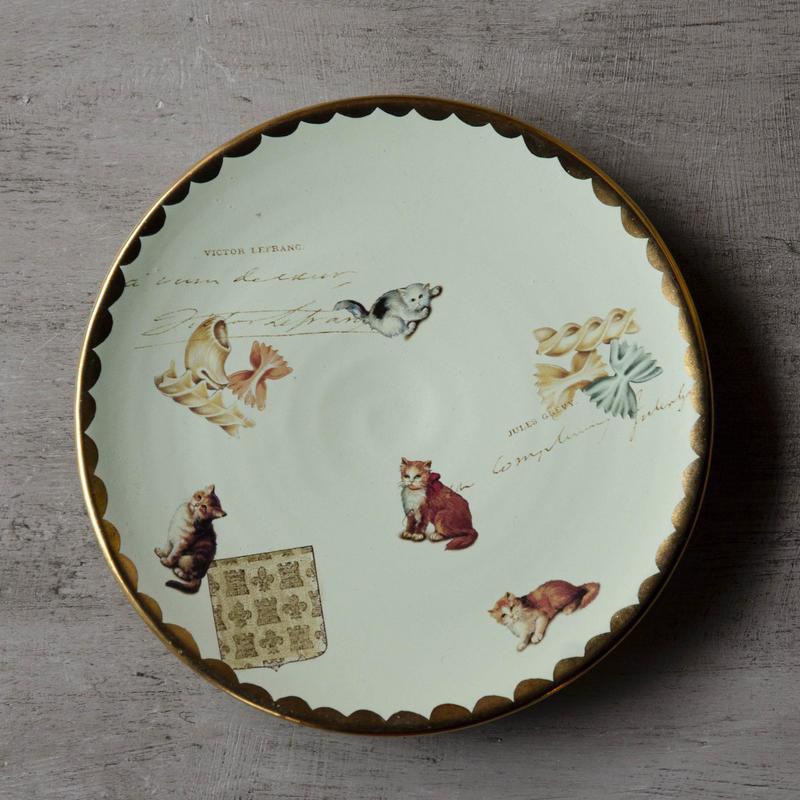 猫とファルファッレのお皿 - 2