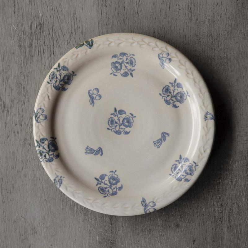小花のお皿