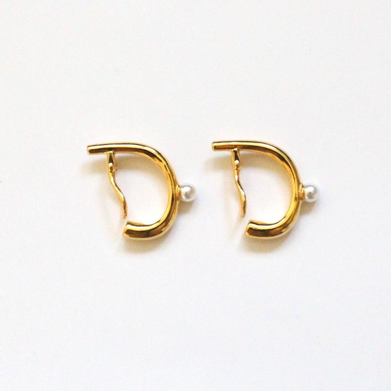 24KGP Mini Pearl ear cuff