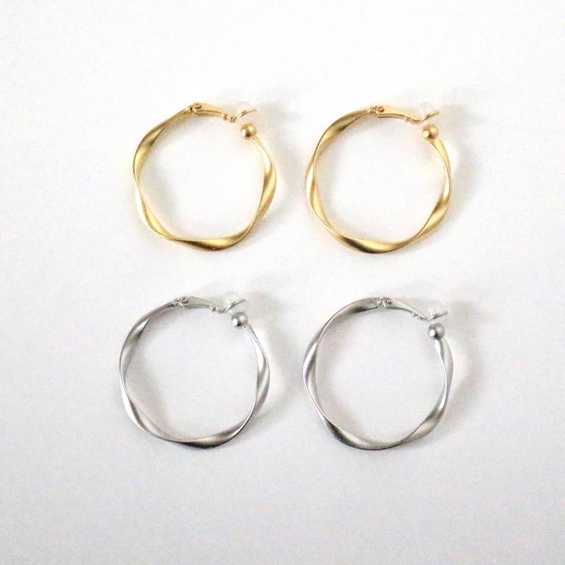 Circle Mat earring