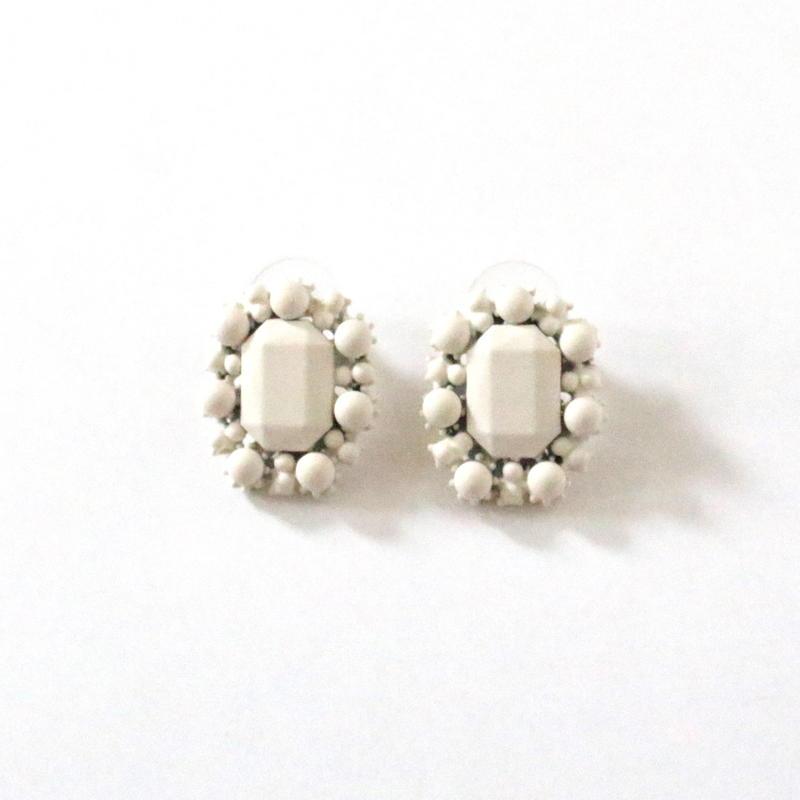 White Mat Mini pierce