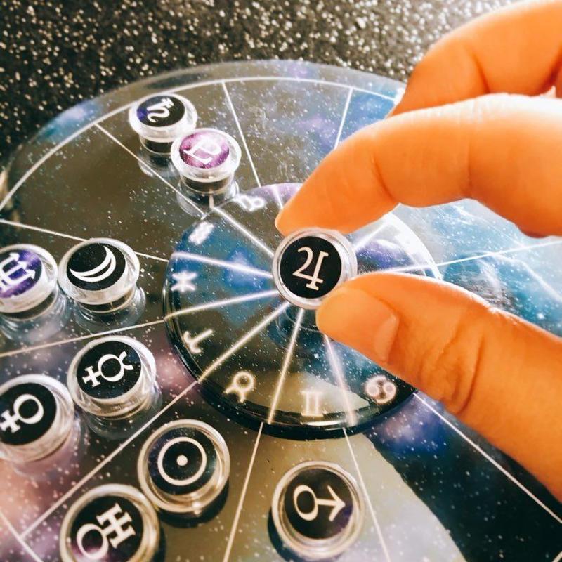令和おめでとうセール! Horoskopskiマグネット用台座 令和記念モデル 新作宇宙柄マグネット付き