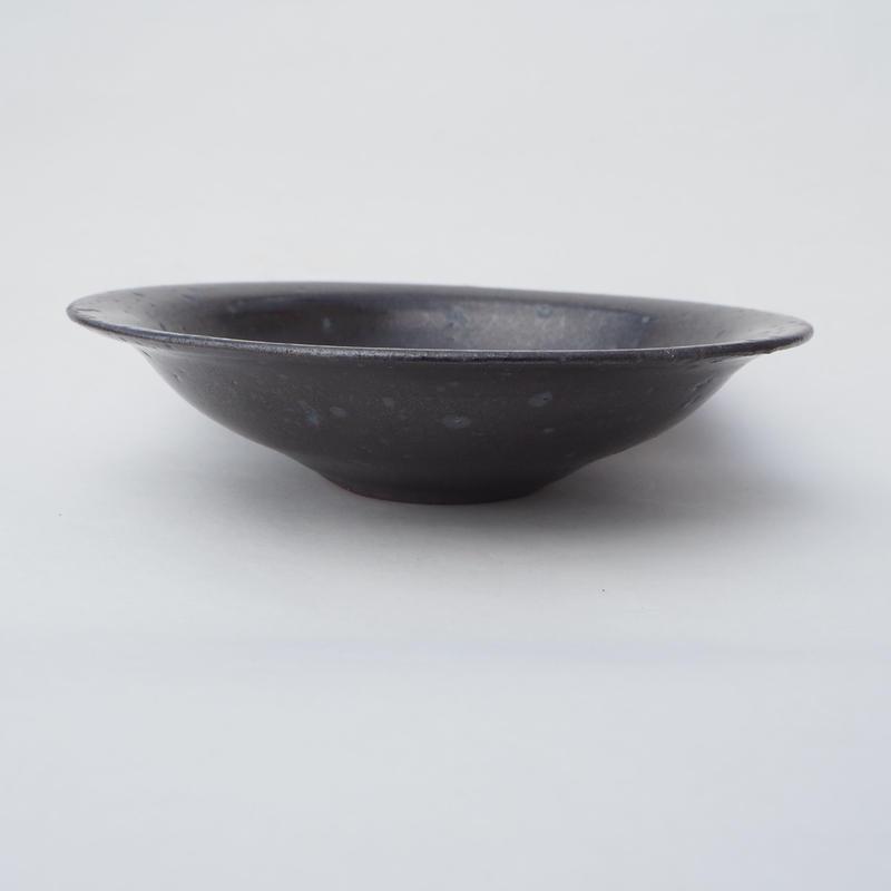 黒結晶 浅鉢
