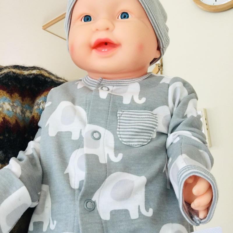 〈新生児サイズ〉ゾウさんカバーオール 、帽子、靴下、肌着セット