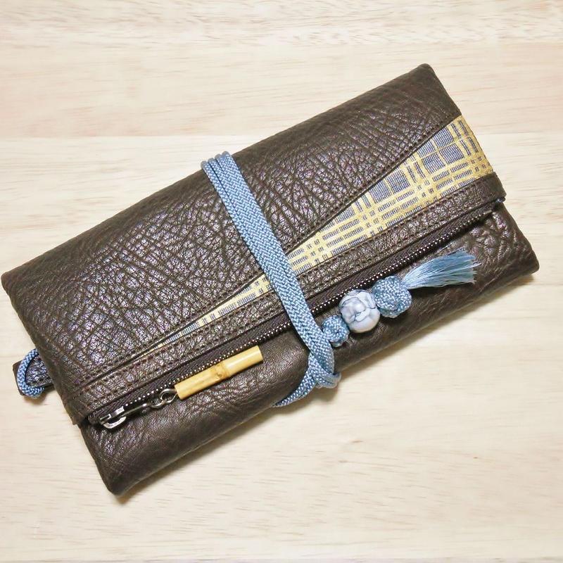 本革製 道中財布 濃茶(チョコ)色 三筋格子 金 西陣織 正絹組紐 陶器製緒締め