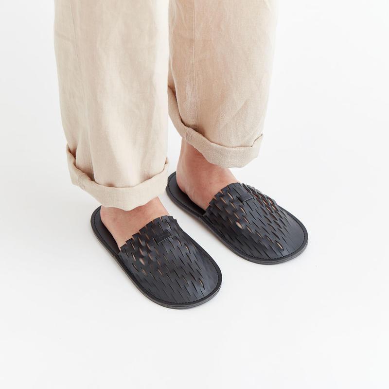"""irose """"net room shoes"""" / イロセ """"ネットルームシューズ"""" (ブラック)"""