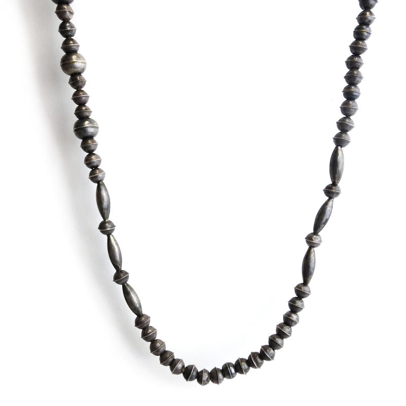 Dark Beads Necklace