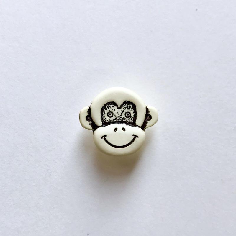 さるボタン (JB734092  ホワイト)