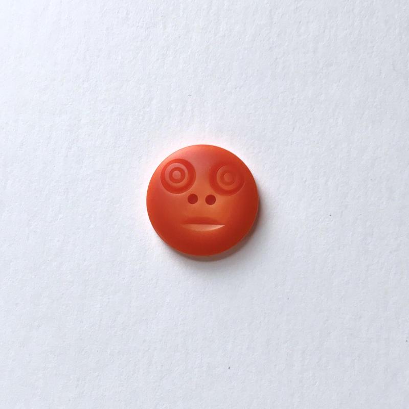 スマイルボタン ( Mサイズ オレンジ)