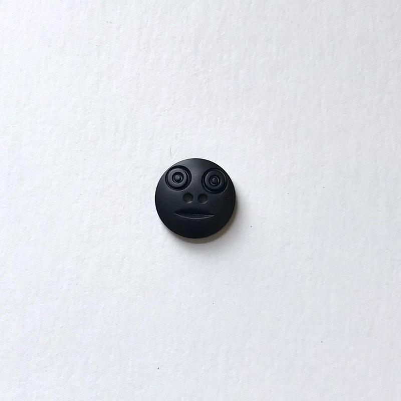 スマイルボタン  (Sサイズ  マットブラック)