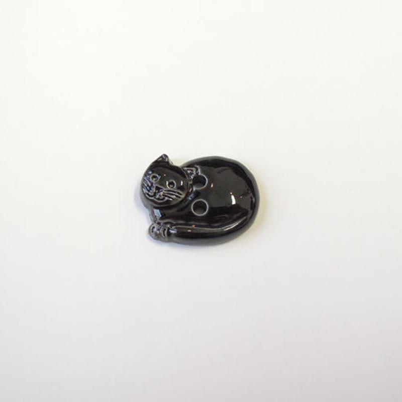 丸まったネコのボタン(JB77679 ブラック)