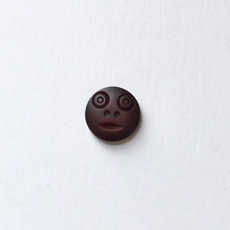 スマイルボタン (Sサイズ チョコレート)