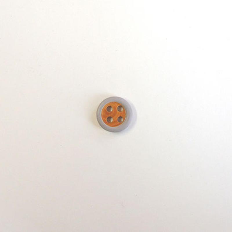 4つ穴ウッドボタン (JB609033 10mm グレー)