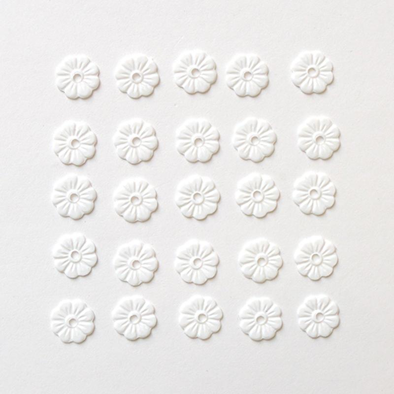 スパンコール フラワー5mm(FFS232 マットホワイト)【25枚セット】