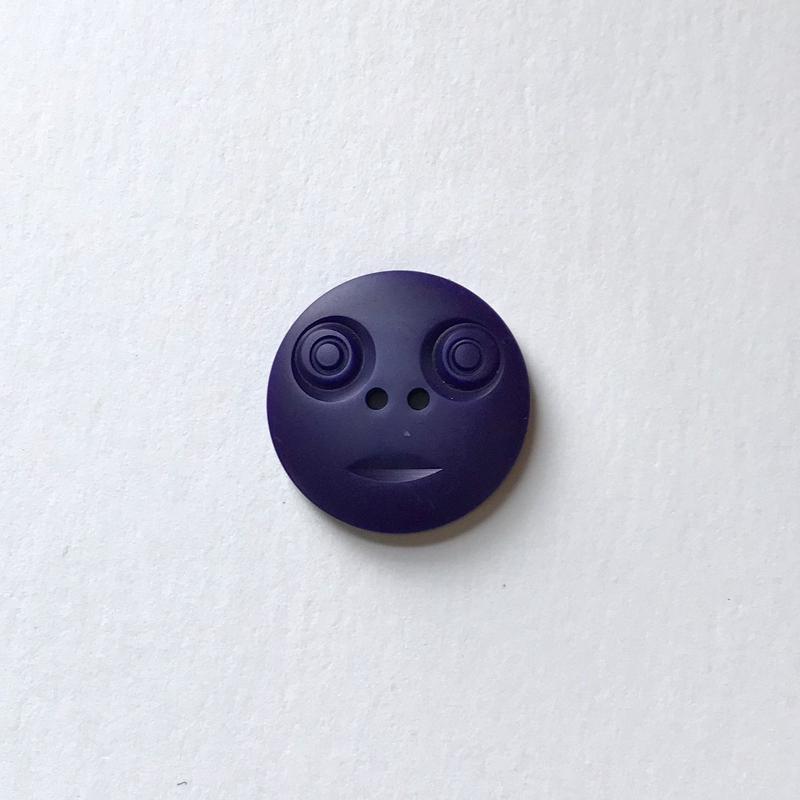 スマイルボタン ( Lサイズ ダークパープル)