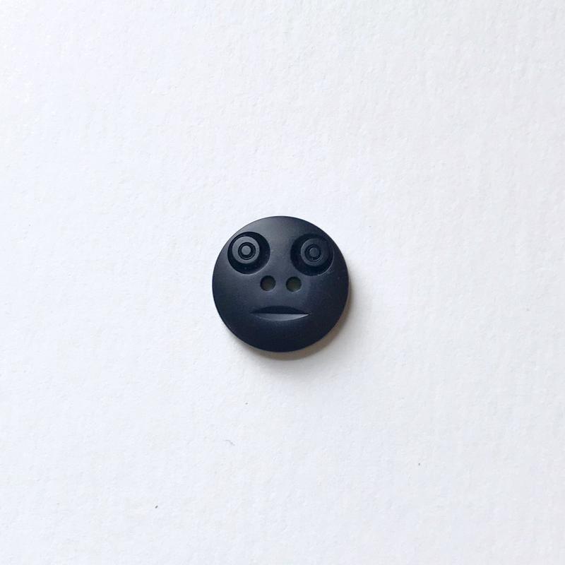 スマイルボタン  (Sサイズ ネイビー)