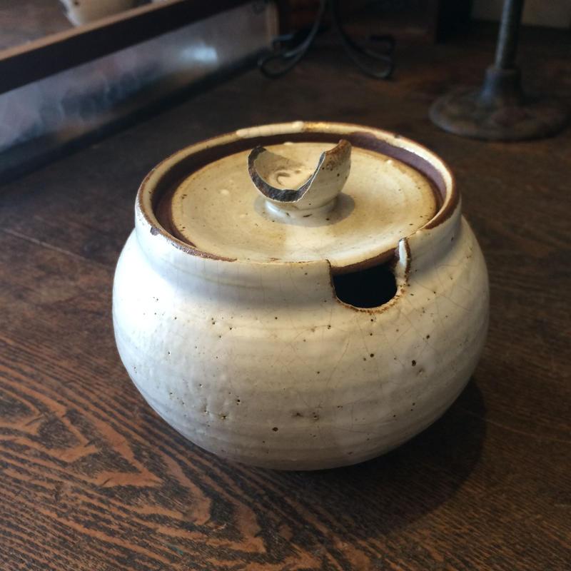 【雑貨16】陶器の塩壺