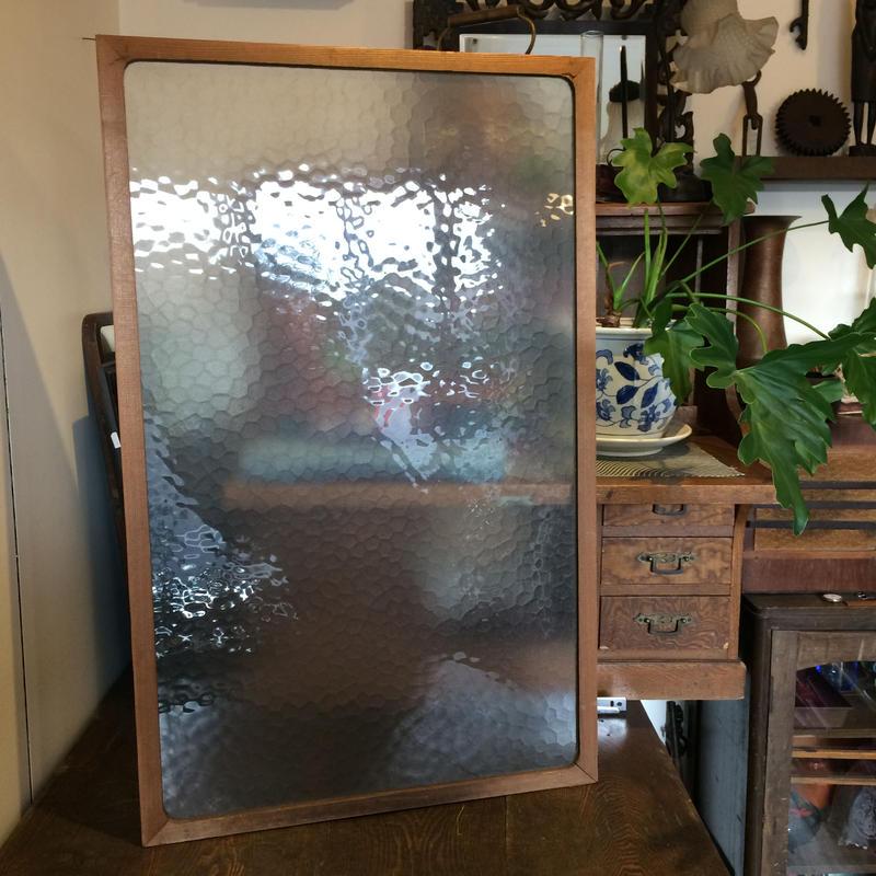 【古道具49 】希少 アンティークな摺りガラスの建具