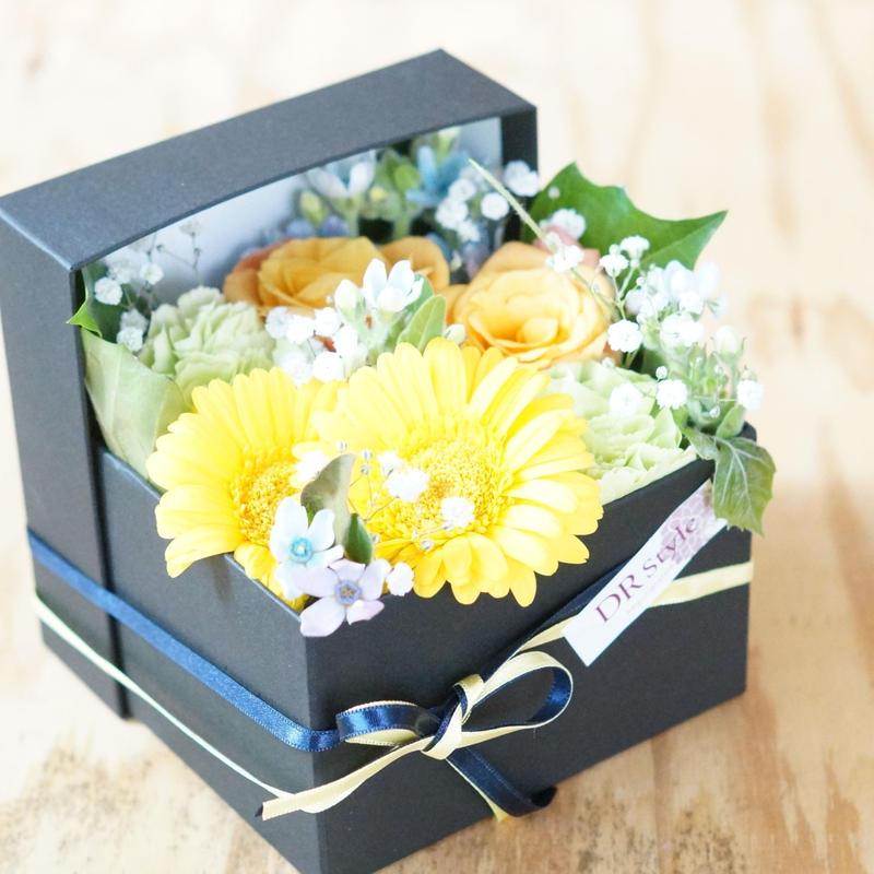 【生花】初夏のお花のボックスアレンジメント