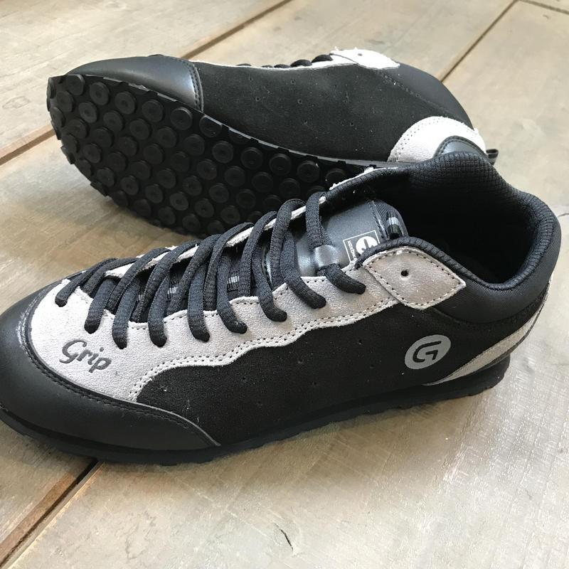 Grip shoes (グリップシューズ)トライアル