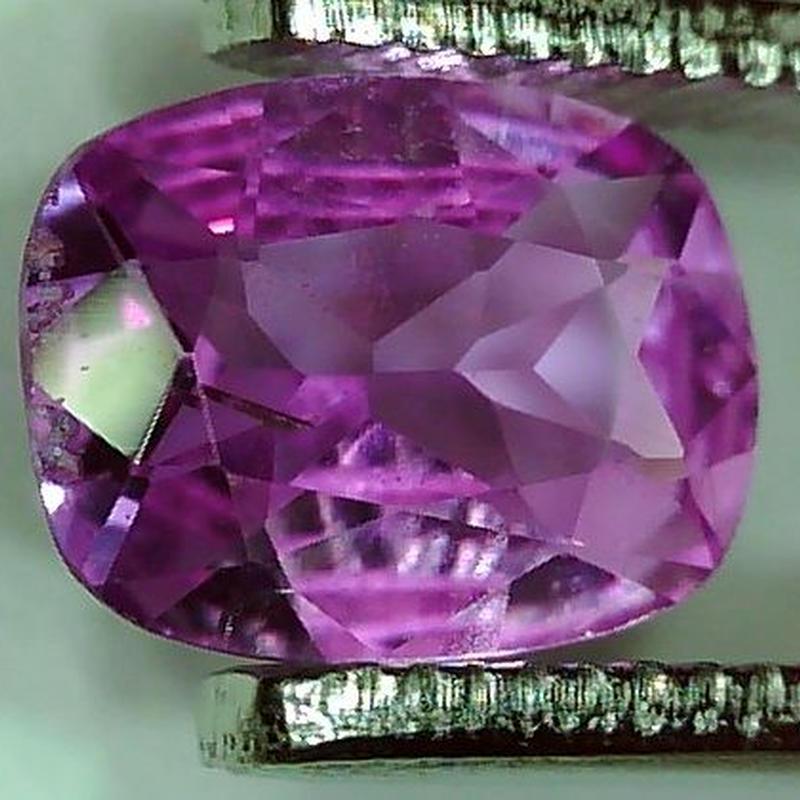 ピンクサファイア 0.723ct ◆ソーティングメモ付 非加熱◆ non heated Pink Sapphire