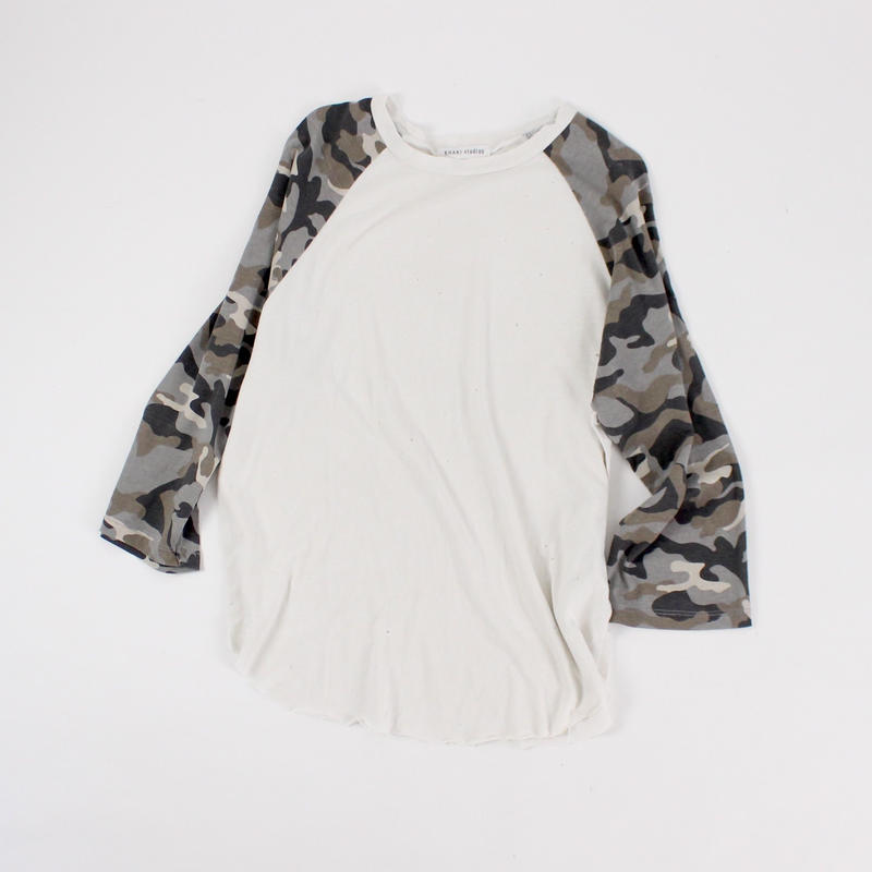 vitamin camo t−shirt