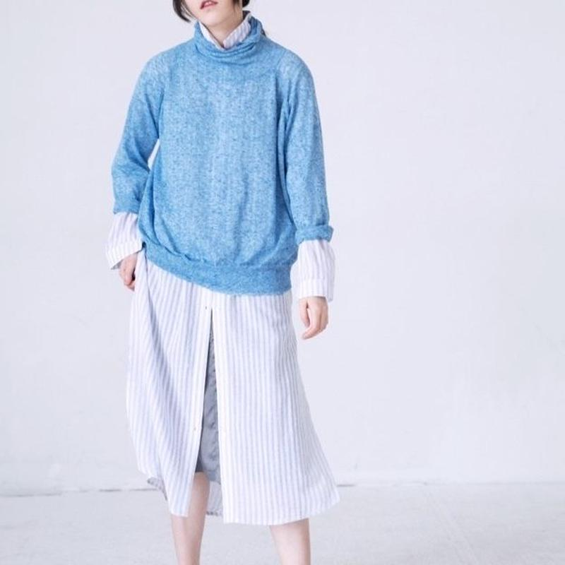loose  high-neck sweater