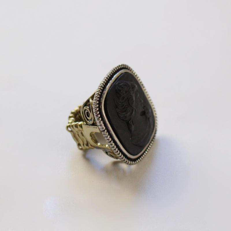 vintage e-1 baroque ring