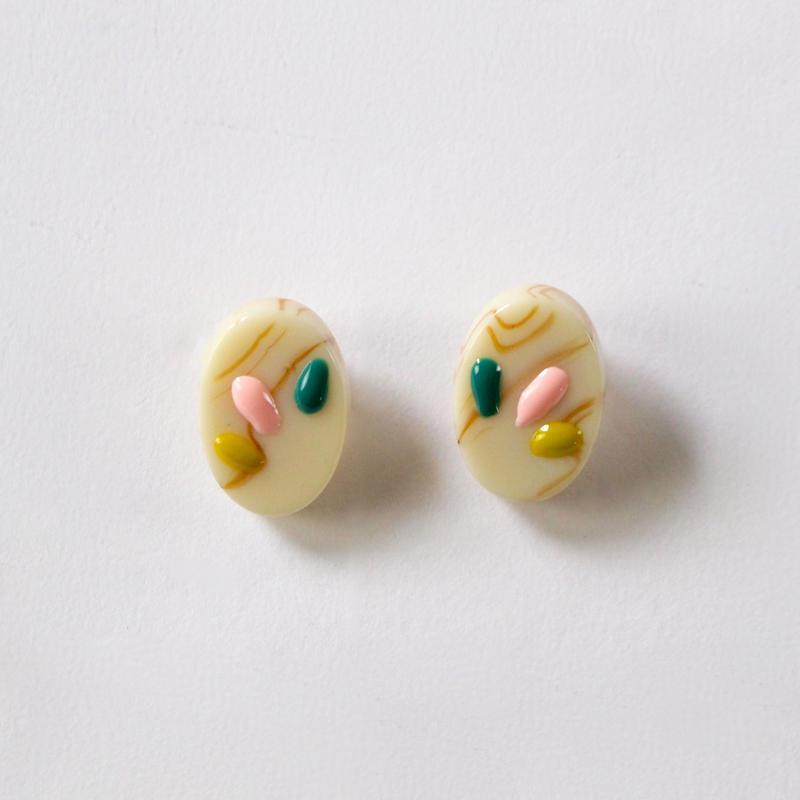 feel candy earrings