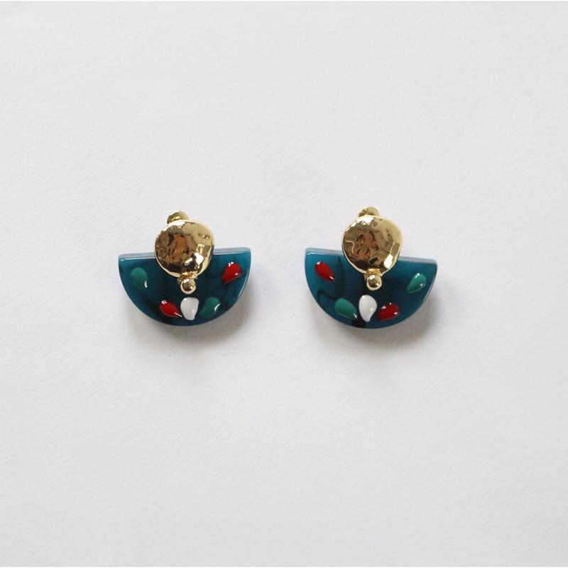 blue fan - shap earrings